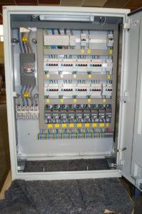 Formation Technologie et modes de défaillances des composants d'armoire industrielle